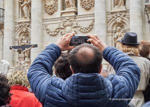 Santísimo Cristo de la Luz (Gregorio Fernández, h. 1630) ante la fachada de la Universidad. Jueves Santo. Valladolid. Castilla y León. España. © Javier Prieto Gallego