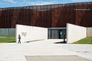 Edificio realizado por los arquitectos Paredes-Pedrosa. Villa romana de La Olmeda. Palencia. Castilla y León. España © Javier Prieto Gallego;