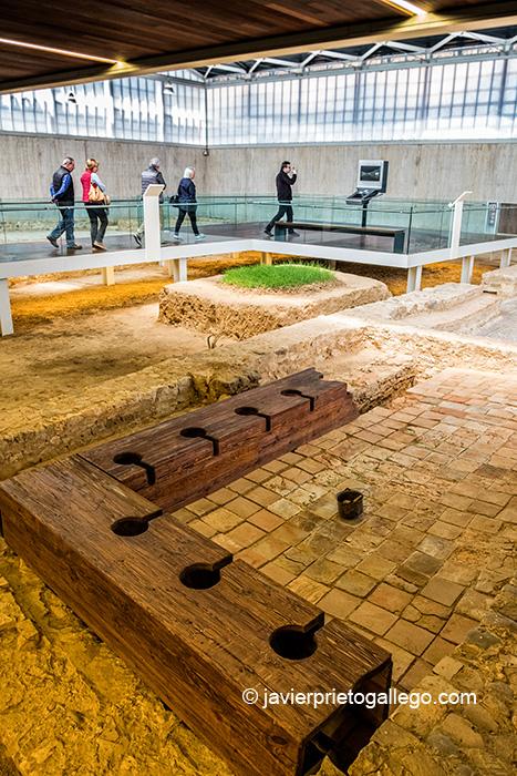 Letrinas en la Villa romana de La Olmeda. Palencia. Castilla y León. España © Javier Prieto Gallego;